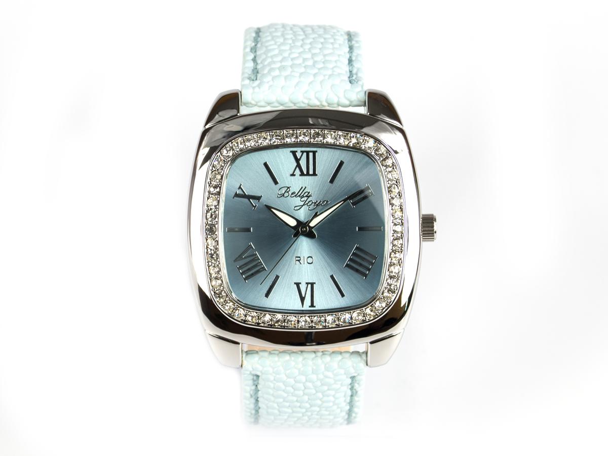 Rio, elegante Trend-Uhr im Retro-Style, Rochen-Struktur-Echtlederband hellblau