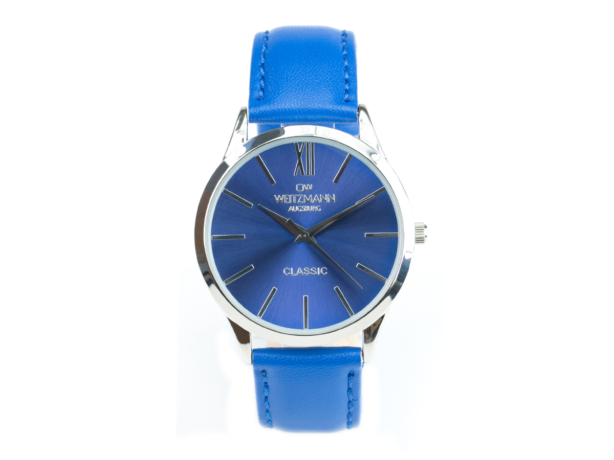Classic, blue with leatherstrap