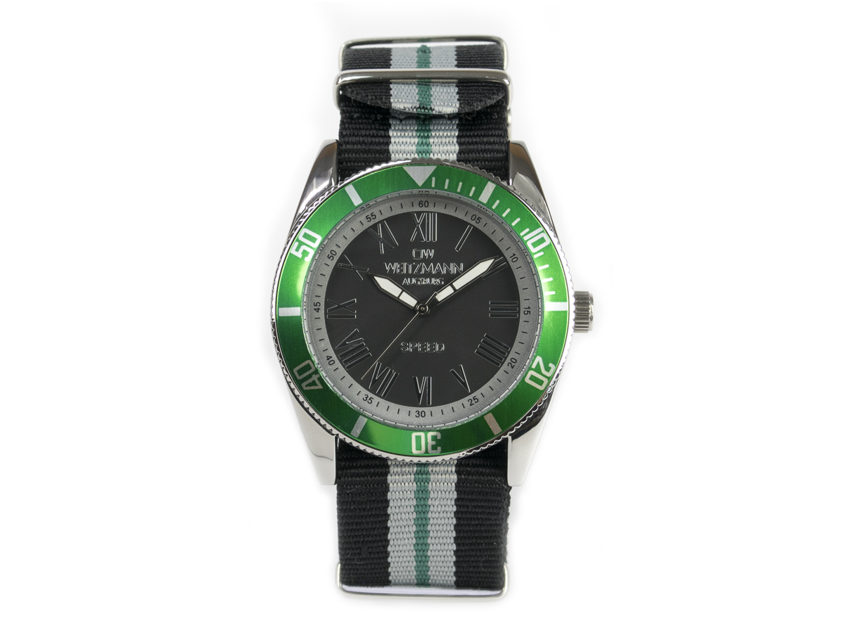 Speed striped natoband, green bezel