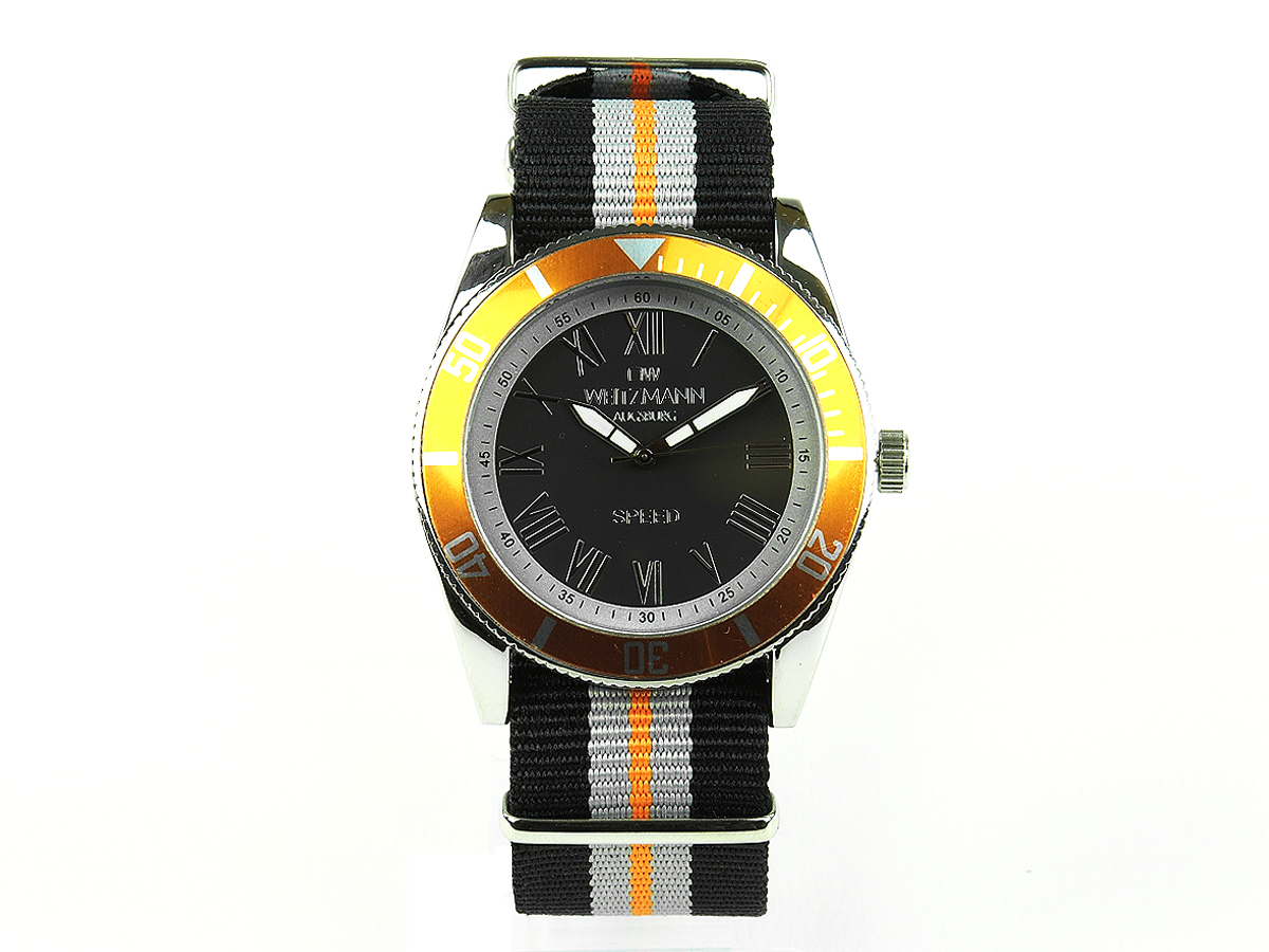 Speed striped natoband, gold bezel