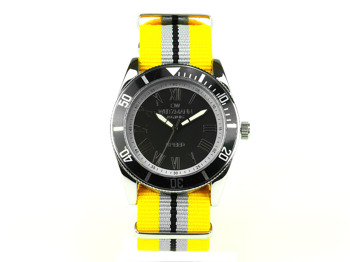 Speed striped natoband, black bezel
